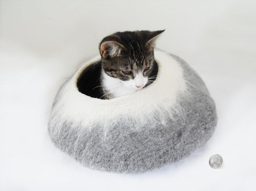 Grey & White natural cat bed
