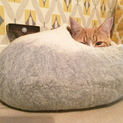 LoveCatCaves grey white bed