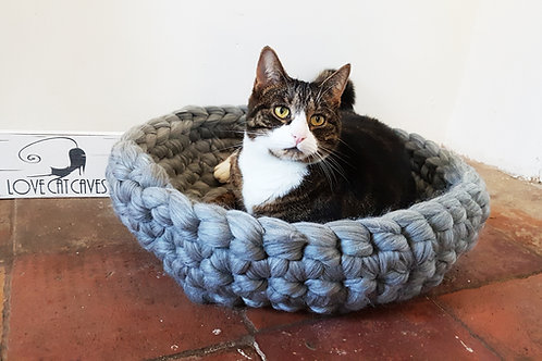 Crochet Cat Bed in Natural Grey