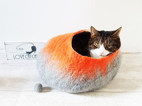 Cat Bed in Grey and Orange