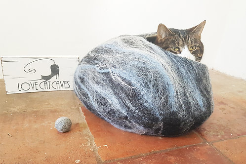 Cat Bed Black marble effect