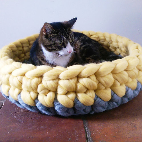 Chunky Crochet Cat Bed in Grey & Yellow