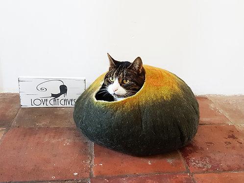 Cat bed autumn tones