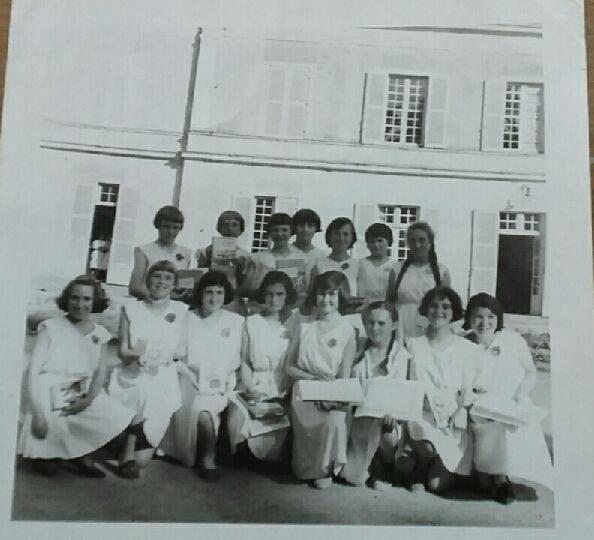 Photo de classe CM2 - Fin d'année 1960/61