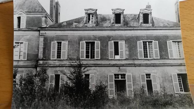 Photos rares de l'entrée du château datant de 1988 ou 89.