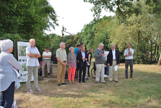 Pique nique découverte du Parc du Haut Gesvres le samedi 24 septembre 2016 . Visites du Château .