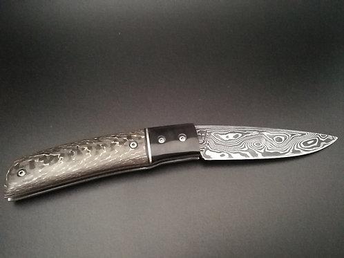 Couteau damas, manche fat carbon et corne de buffle