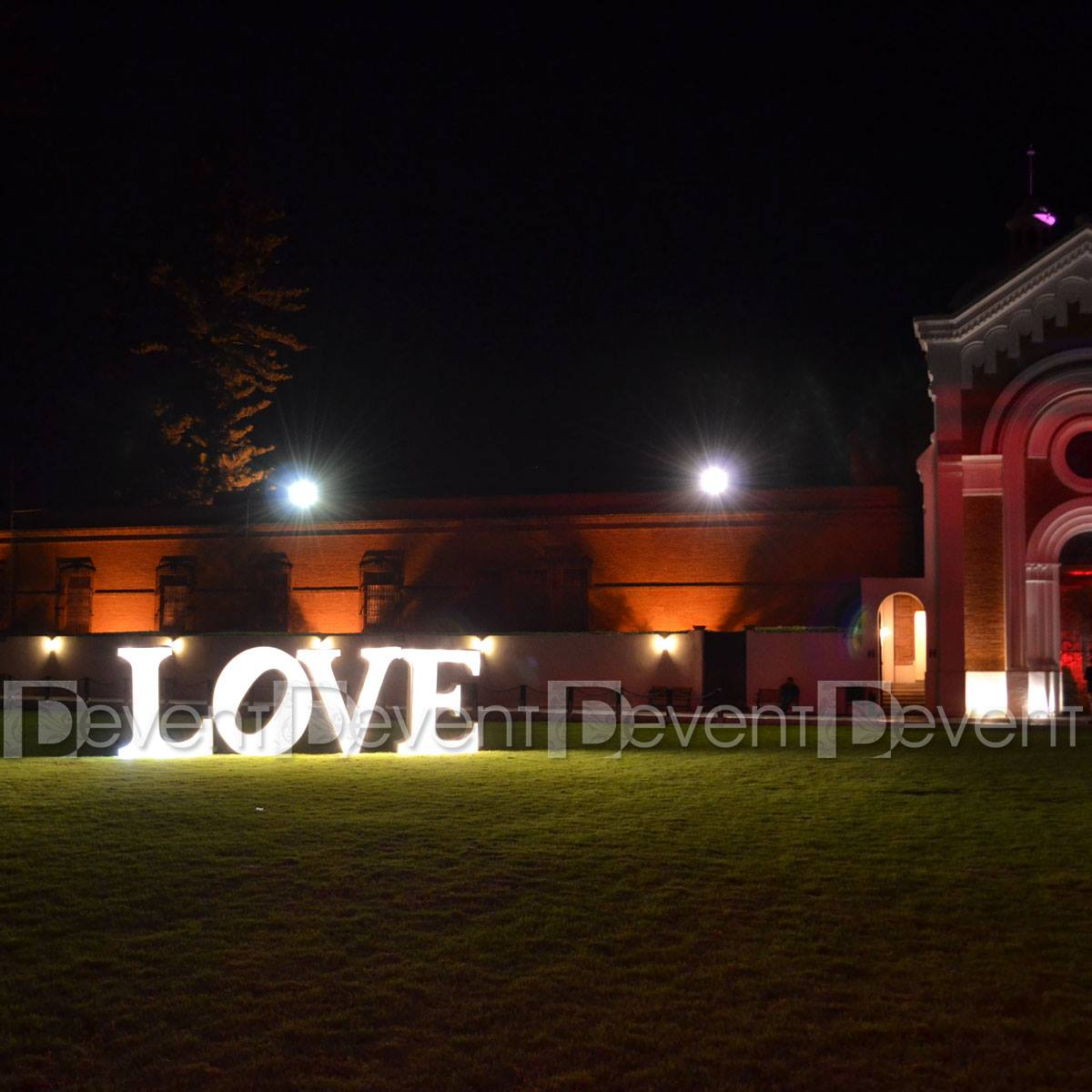 LOVE.04 - DEvent