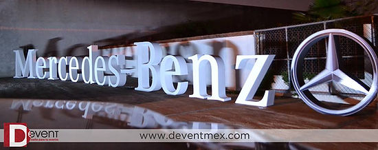 Logotipo Gigante Mercedes Benz DEvent Letras Gigantes 3D D-Event D Event