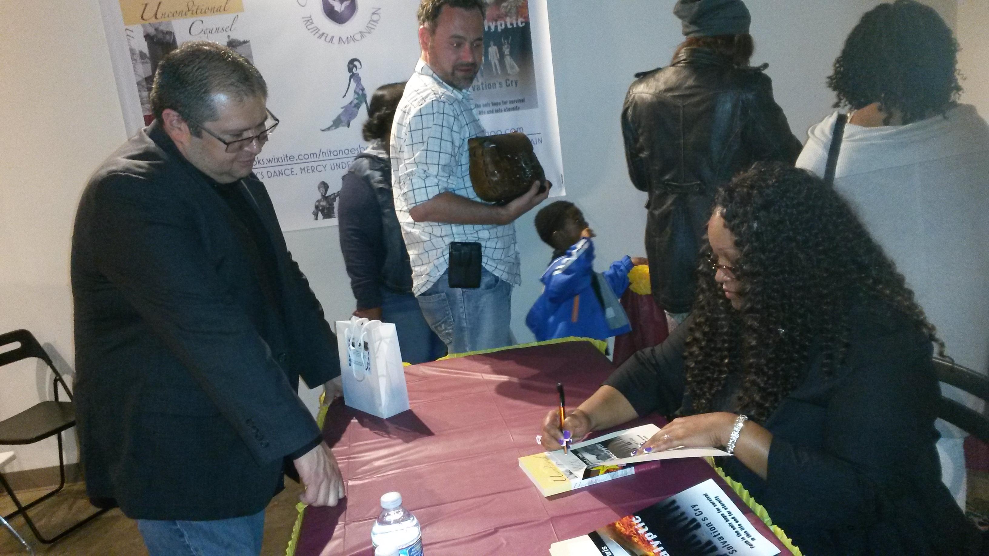 Nita Nae Signing Books-Jonathan M