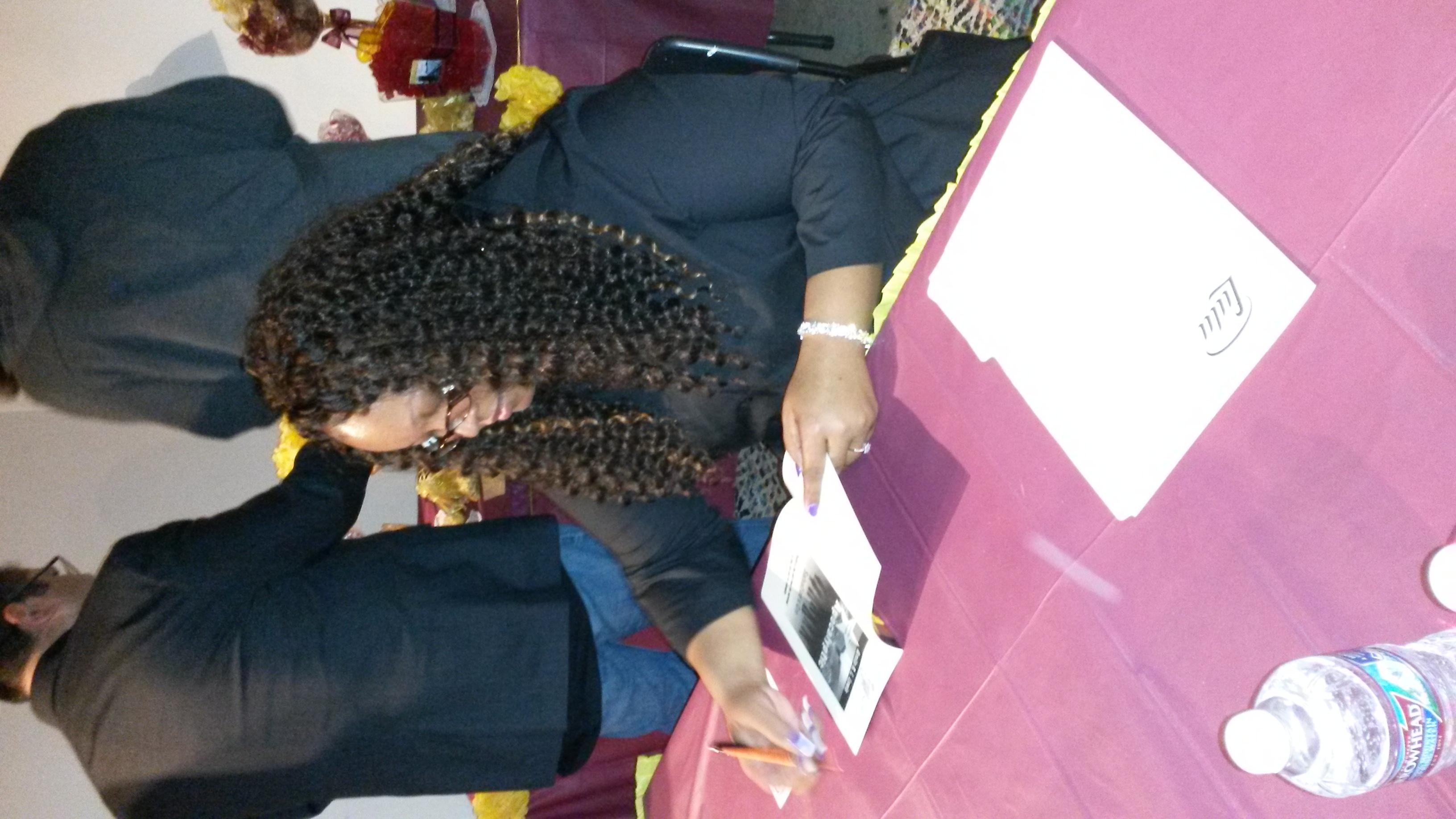Nita Nae Signing Books 3