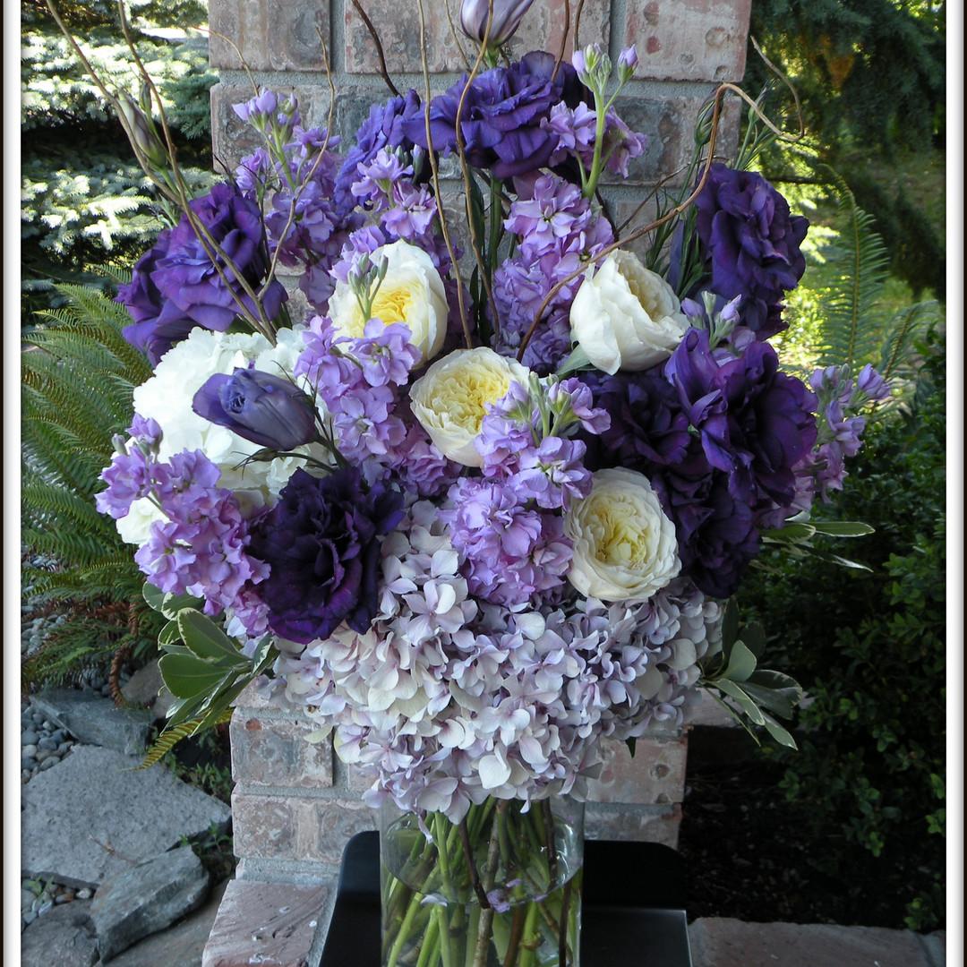 tacoma-wedding-flowers-purple-altar.jpg