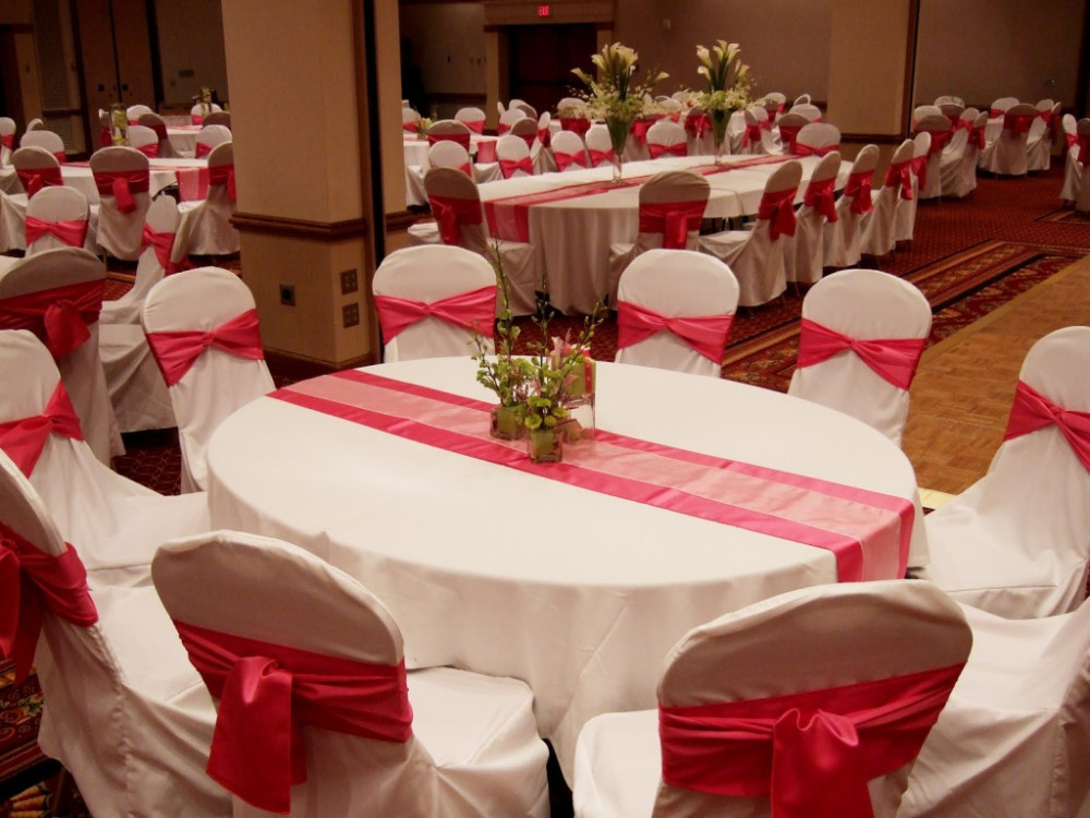wedding-decorations-red-and-white-ideas.