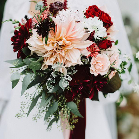 beautiful-dahlia-wedding-bouquets-always