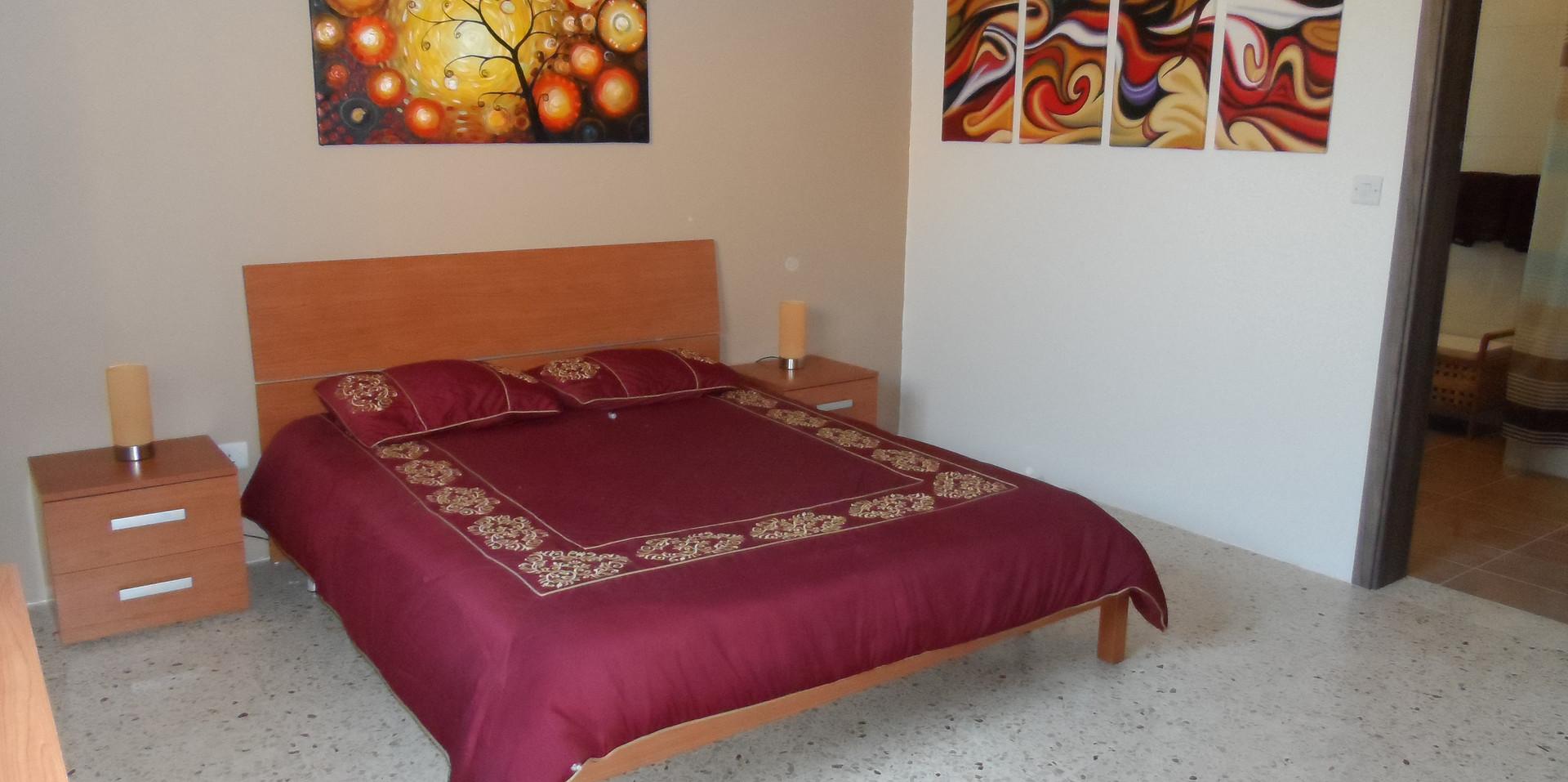 20 - Master Bedroom 2.JPG
