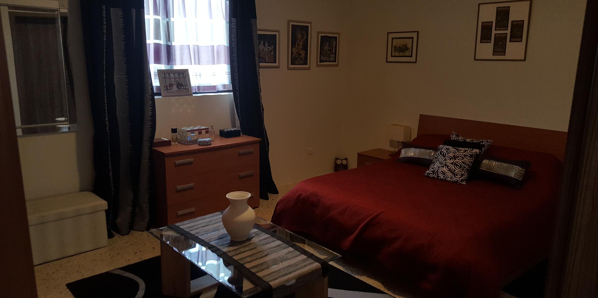 20 - Master Bedroom 1a.jpg