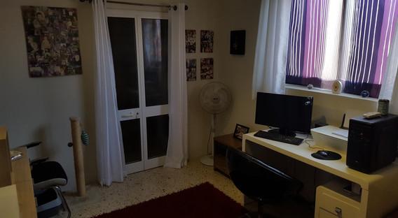 25 - Children's Bedroom as Study.jpg