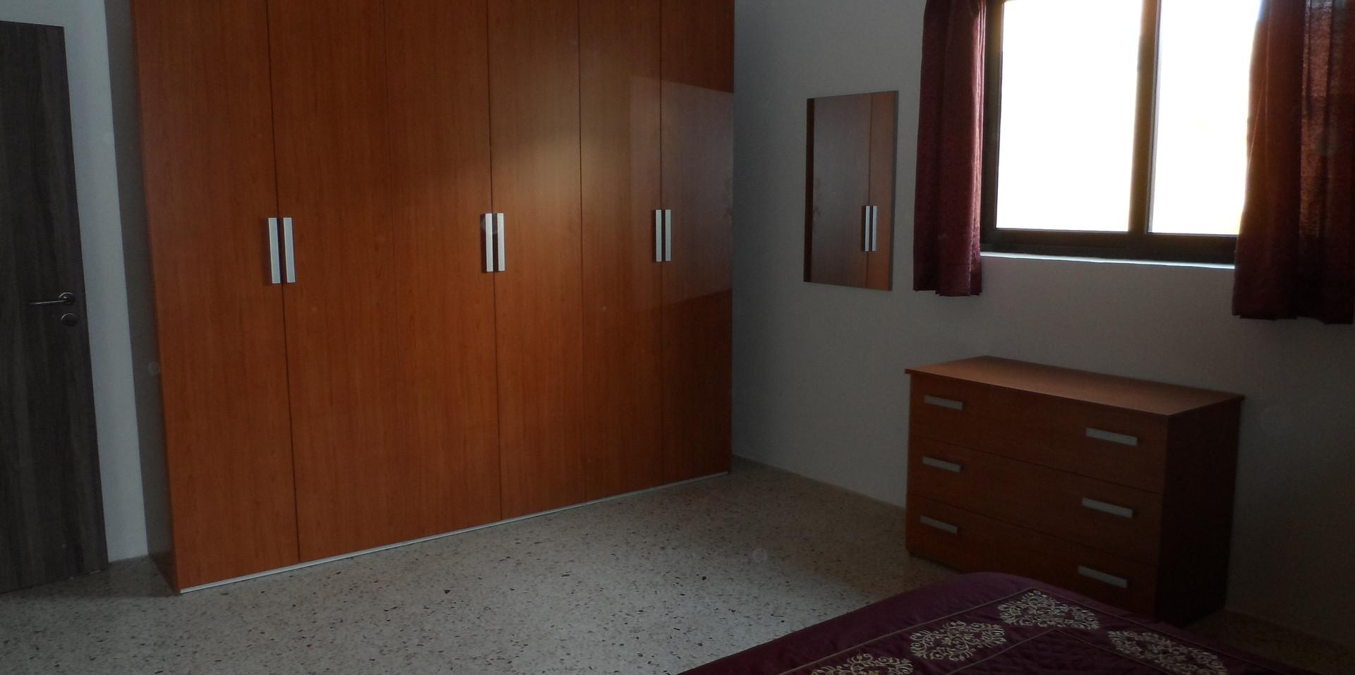 20 - Master Bedroom 3.JPG