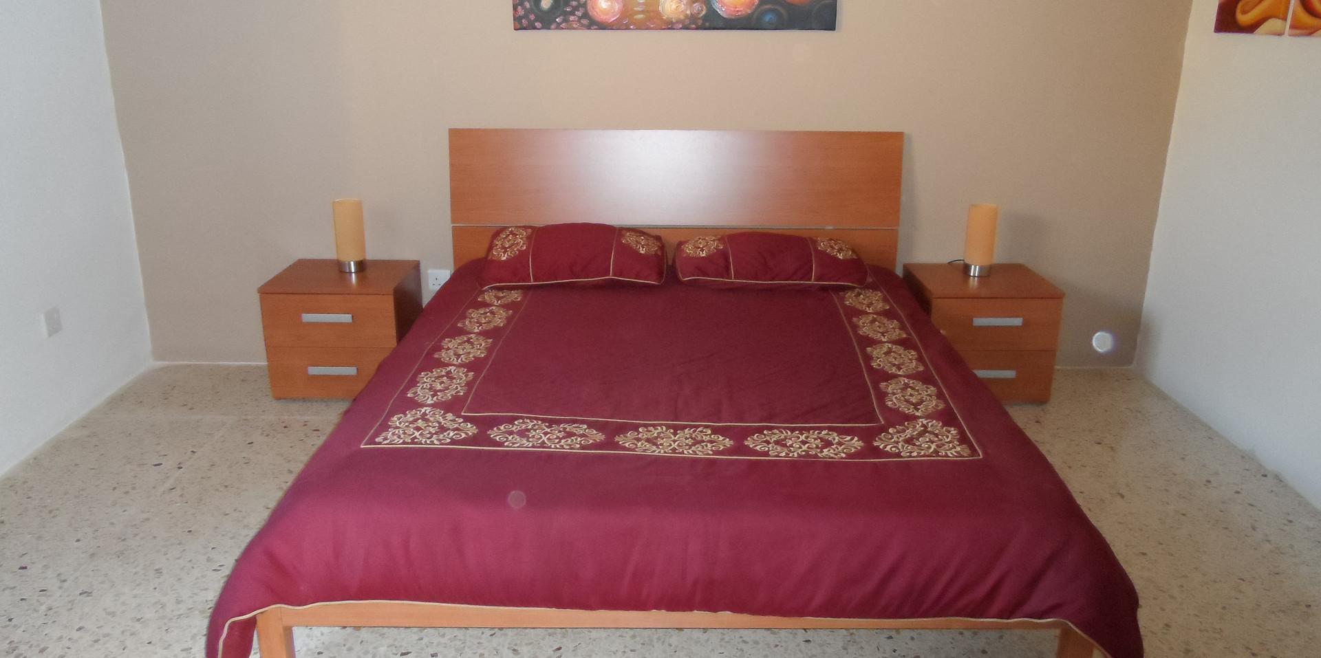 20 - Master Bedroom 5.JPG