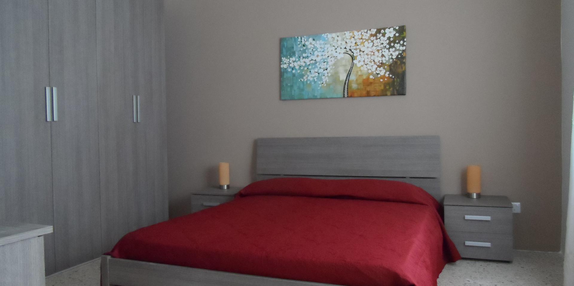15 - Guest Bedroom 2.JPG