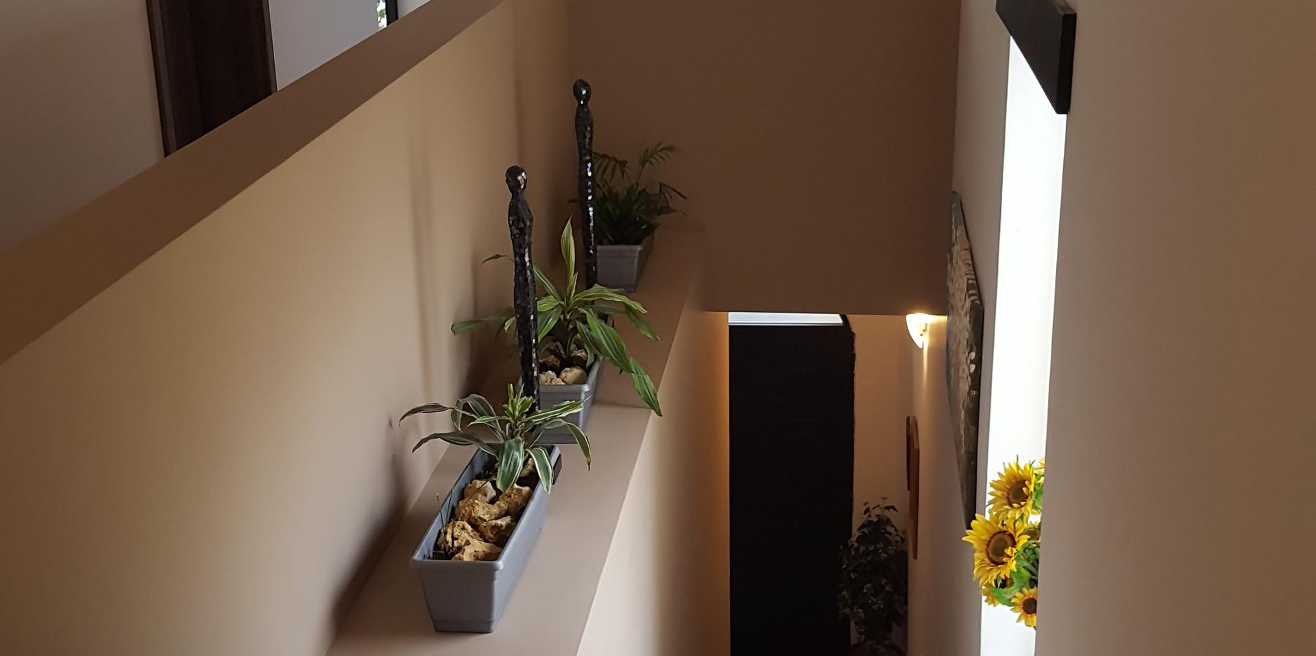 05 - Top of Stairs.jpg