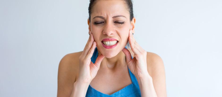 Hilfe mein Kind knirscht mit den Zähnen