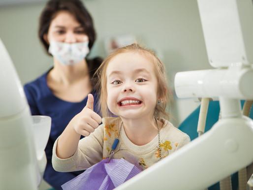 4 Tipps, damit euer ersten Termin beim Zahnarzt ein voller Erfolg wird