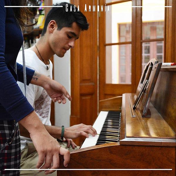 Clases de Piano en Casa Armonía