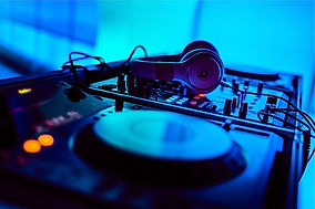 Ian_Hayword_DJ_Services_Clubs.jpg