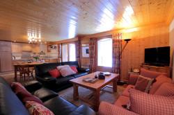 Lounge onto dining.JPG