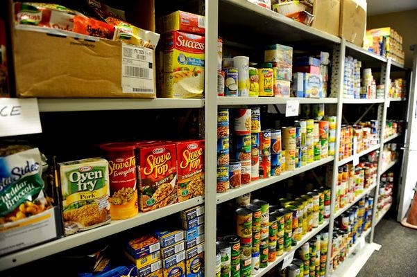 foodpantry1-696x463.jpg
