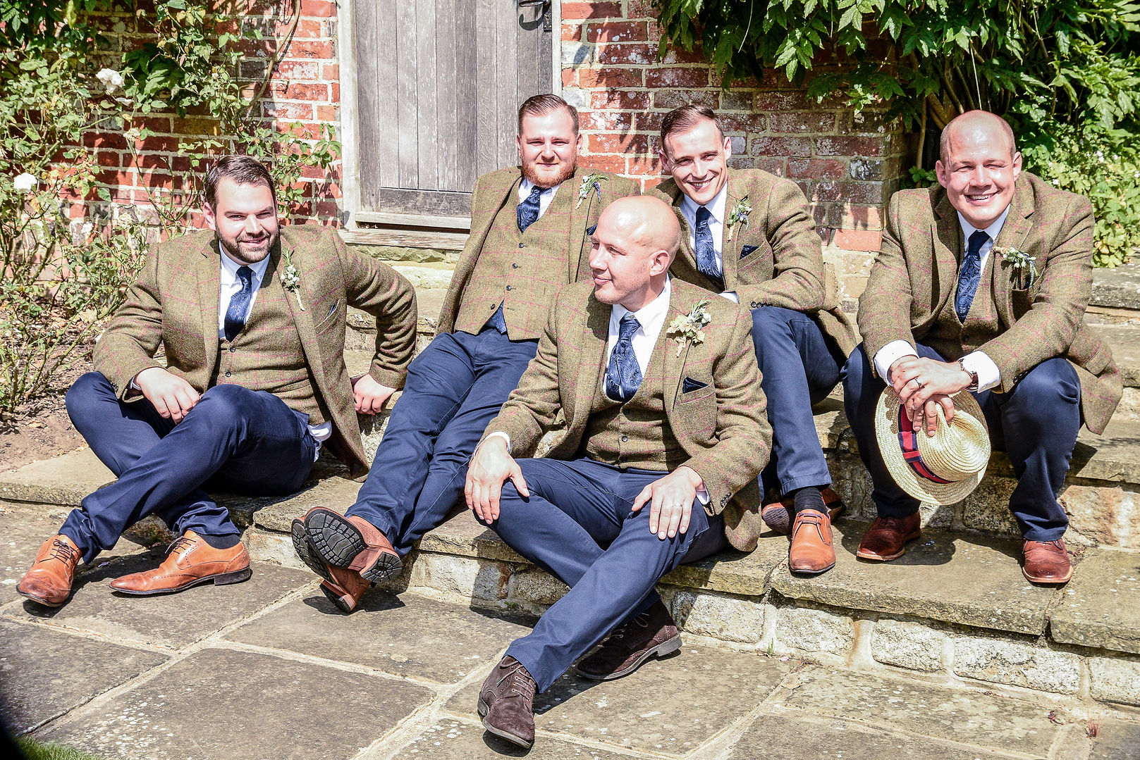 Relaxed Groomsman photograph