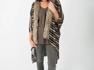 Poncho: An essential piece for every women's wardrobe.