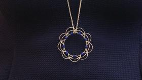 Mandala mobile en argent et pierres naturelles. Atelier Sôma. Outils de lithothérapie, bijoux made in france fabriqués à la main.