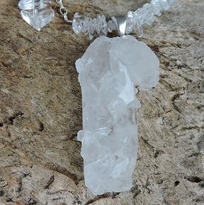 Collier pierre naturelle et argent. Atelier Sôma. Outils de lithothérapie, bijoux made in france fabriqués à la main.