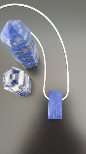 Collier lapis-lazuli brut