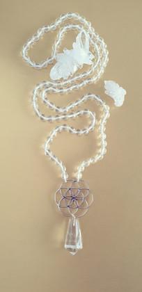 Mala cristal de roche et argent. Atelier Sôma. Outils de lithothérapie, bijoux made in france fabriqués à la main.