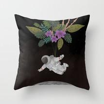 punto-de-gravedad2835656-pillows.jpg