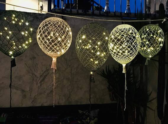 Ballons au crochet de nuit