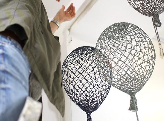 Installation ballons au crochet