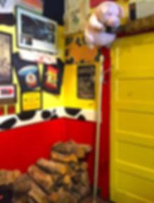 Pig In Memphis Minnies.jpg