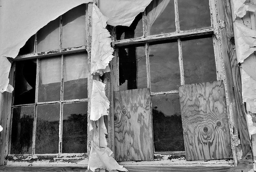 AbandonedBldgDetail, Presidio.jpg