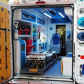 interno-ambulanza-disinfezione.jpg