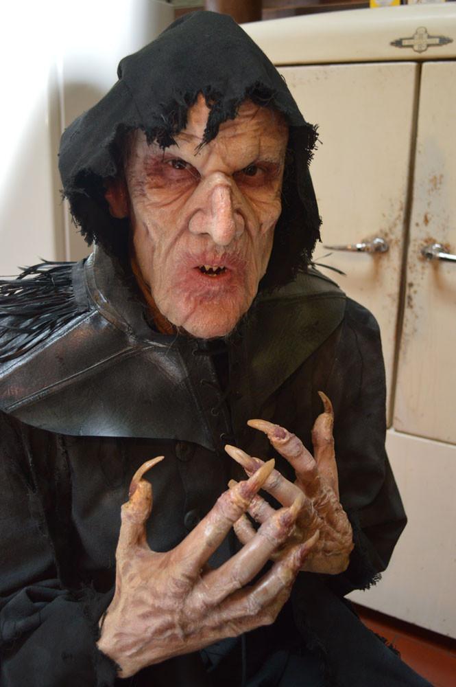 Count Varias