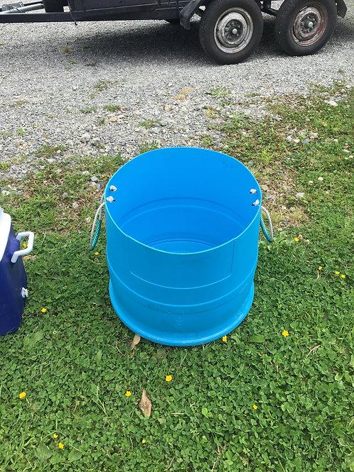 Bin Ice - Blue half barrel