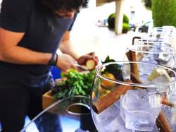 The-Caravan-Concept-cocktail-making