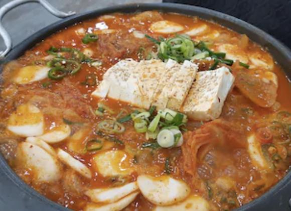 두부김치전골 Tofu Kimchi Jeongol 泡菜豆腐炖汤 (2 pax)