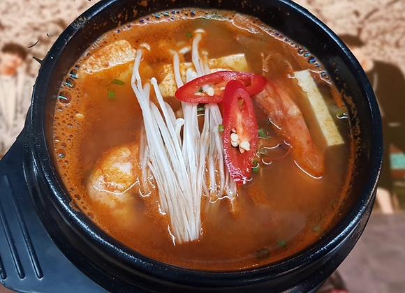 해물찌개 Seafood Soup 海鲜汤