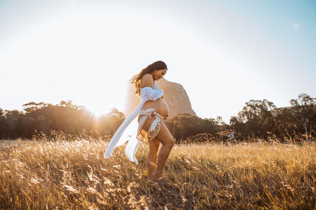 Sunshine Coast Maternity Photographer