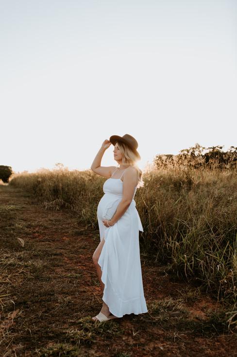 Kellie's Maternity-097.jpg